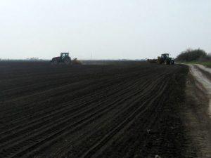 traktori u polju