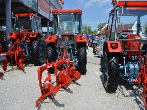 traktori novi i plugovi