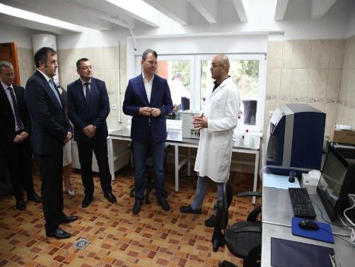 Vinski analizator za Poljoprivredni fakultet u Novom Sadu
